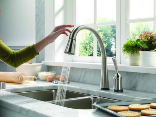 Kitchen Faucets Come With Two Different Types Of Handles. There Are Designs  That Have Only One Handle That Can Be Rotated From Cold To Hot Water.